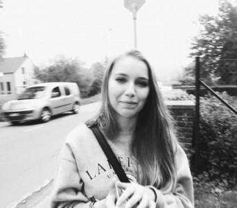 Mallaury Lehnertz Auteur P'tit Tore