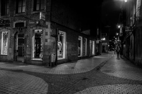 Image de la ville de Liège de nuit