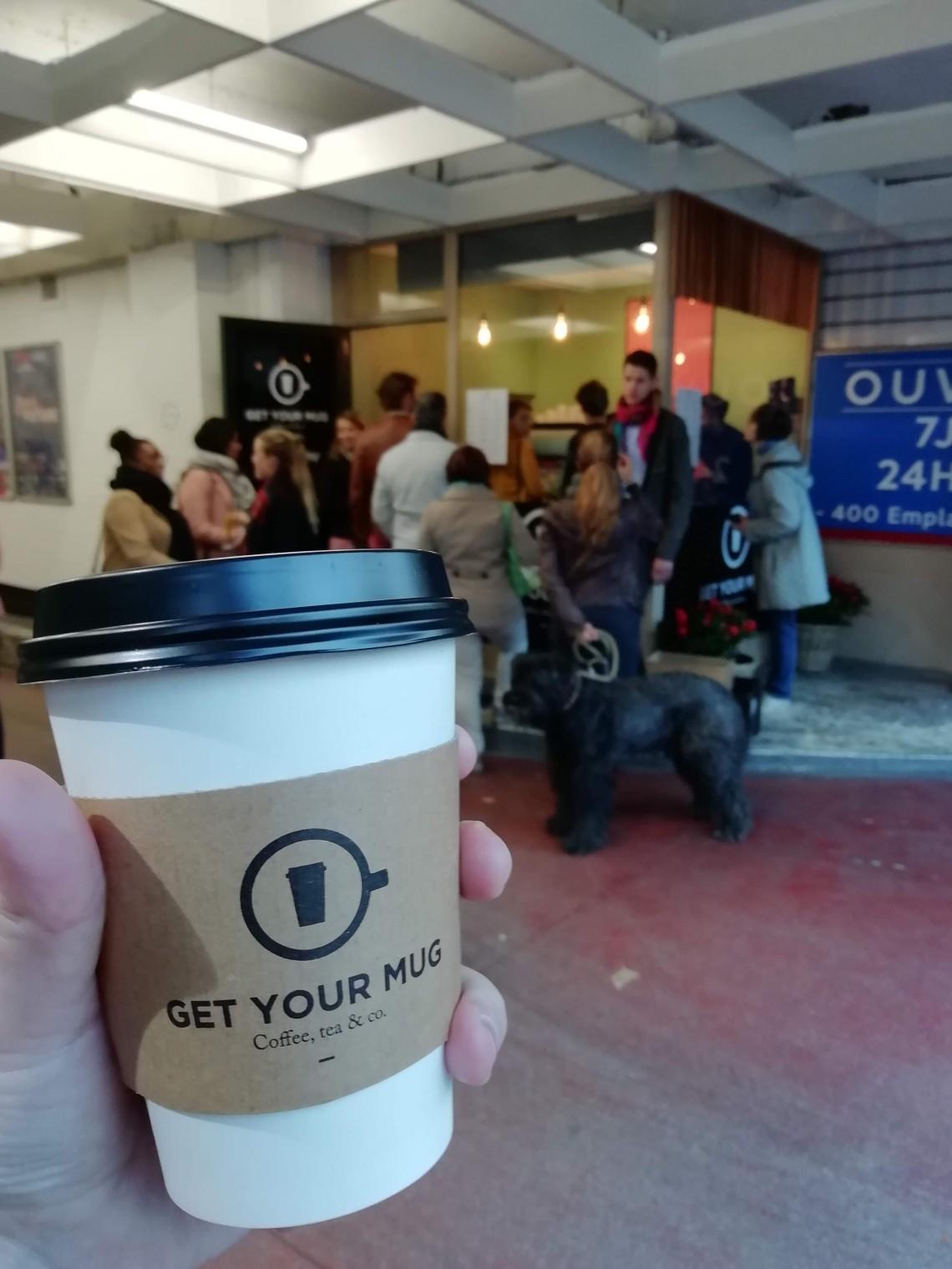 photo du café devant le pop up Get your mug