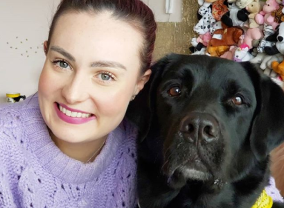 Molly Burke et son chien Gallop